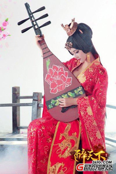 """醉天下COSER唯美亮相9日邀战""""轻武侠"""""""